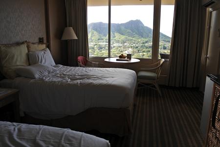0822 queen kapiolani hotel